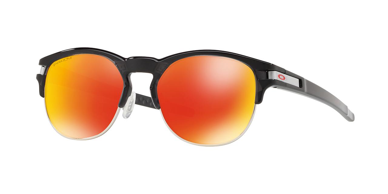 Oakley lança  Latch Key que alia estilo e funcionalidade em todas as  ocasiões 005e17c310