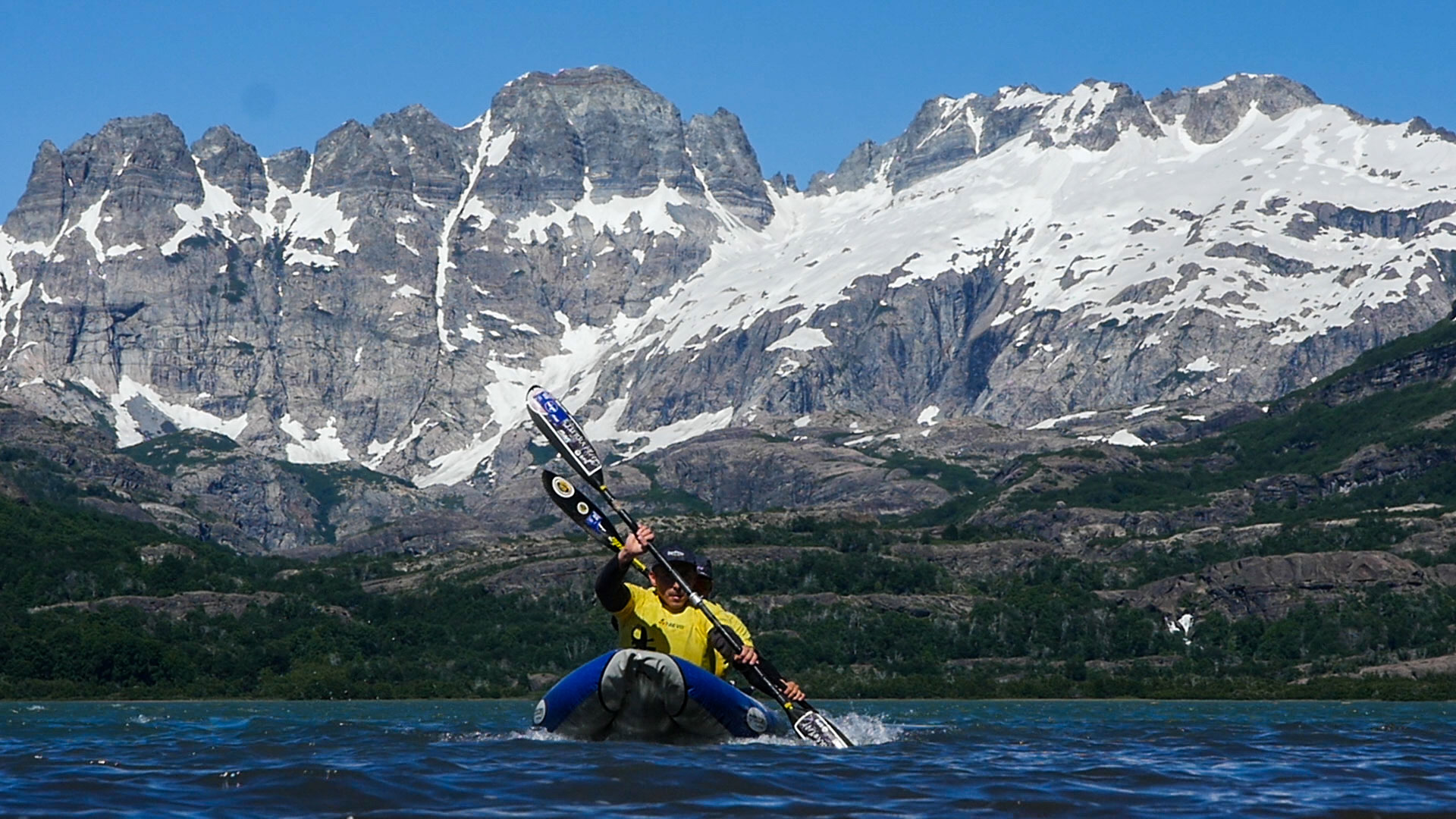 Kayakying-at-the-Raid-Del-Viento