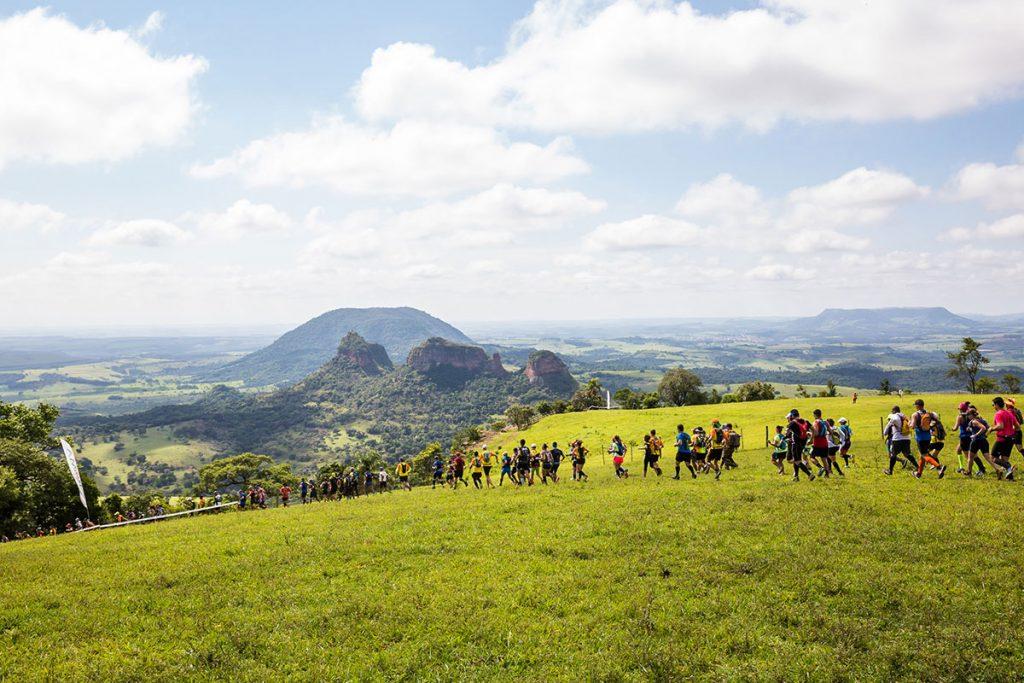 Ultra Trail Run 70k Brasil Ride encerra inscrições com 1.300 corredores