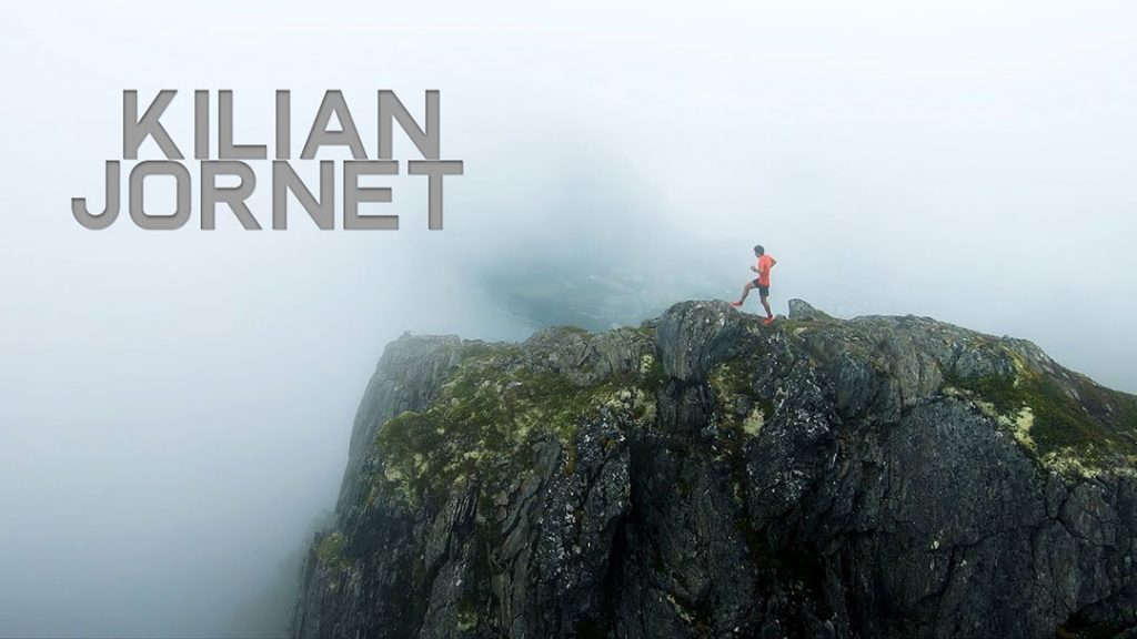 Kilian Jornet correndo pelas cristas da Noruega